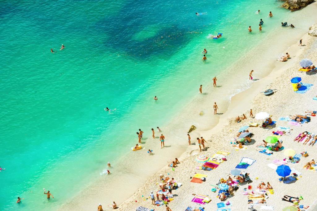 holidays-in-august-header
