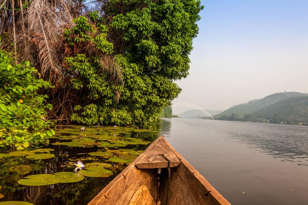 Boot auf einem Fluss in Ghana