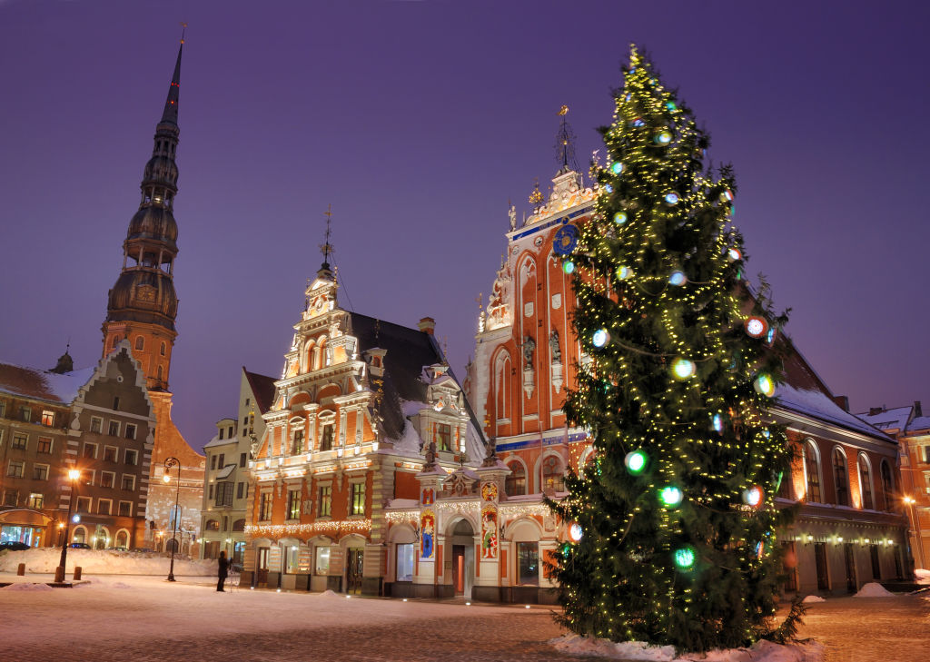 Architecture, Building, Christmas Tree
