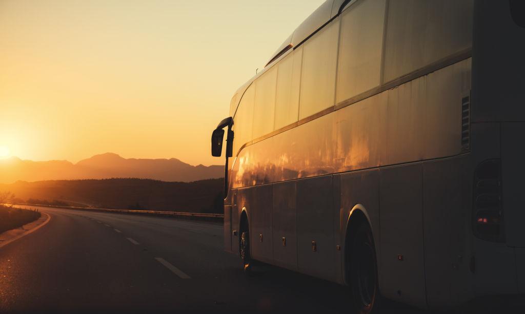 Busreisen: Bequem & günstig von A nach B reisen