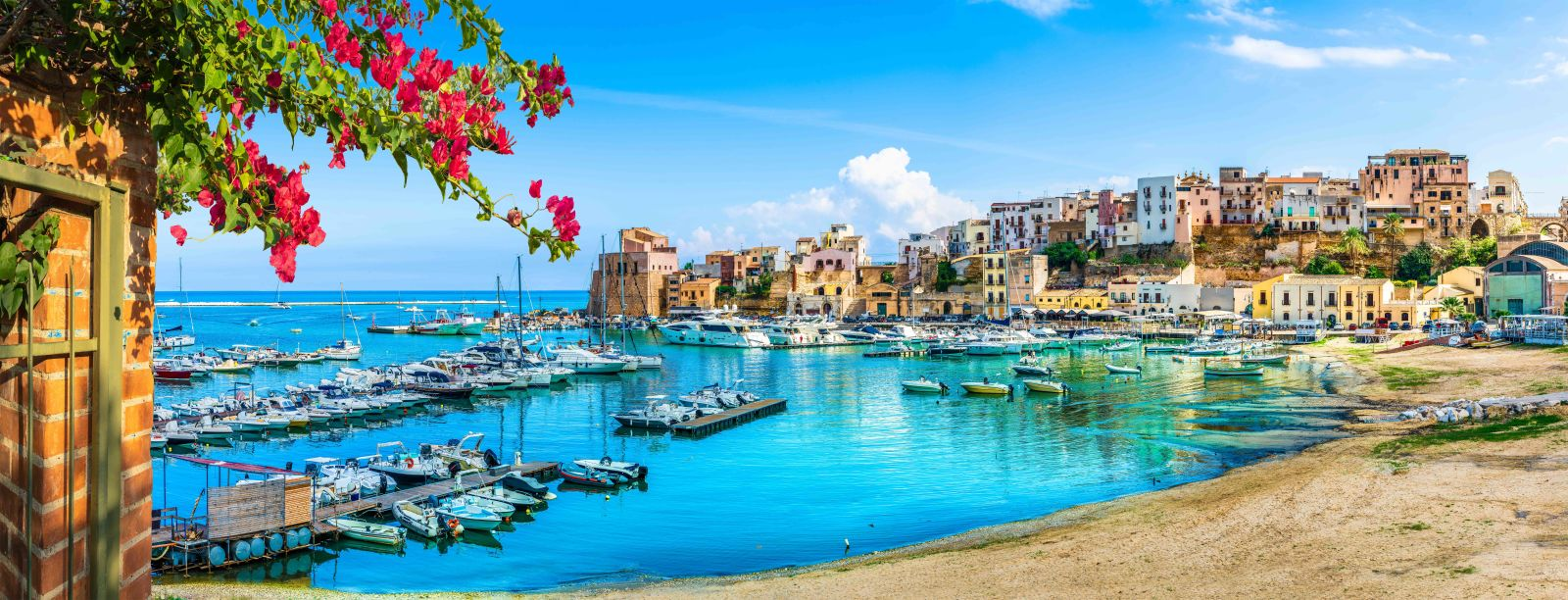 Palermo Sizilien Häuser Boote Meer Stadt