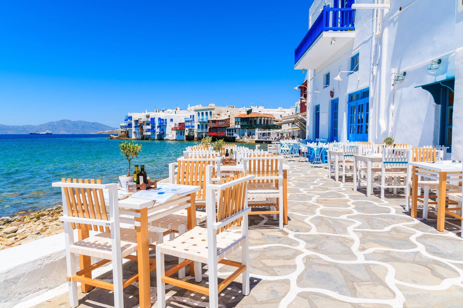 Taverne an der Küste von Mykonos