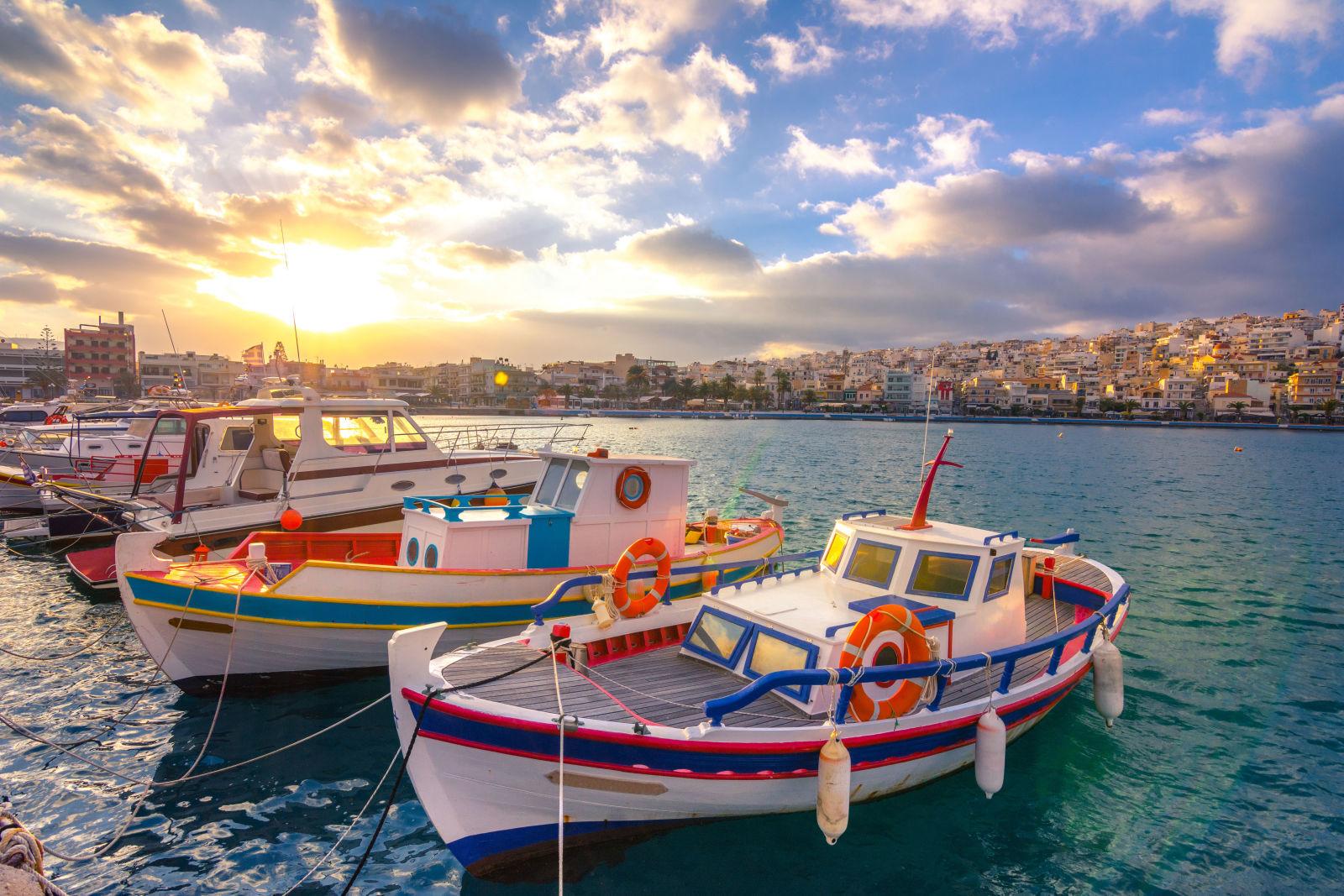 Boote am Hafen auf Kreta, Griechenland