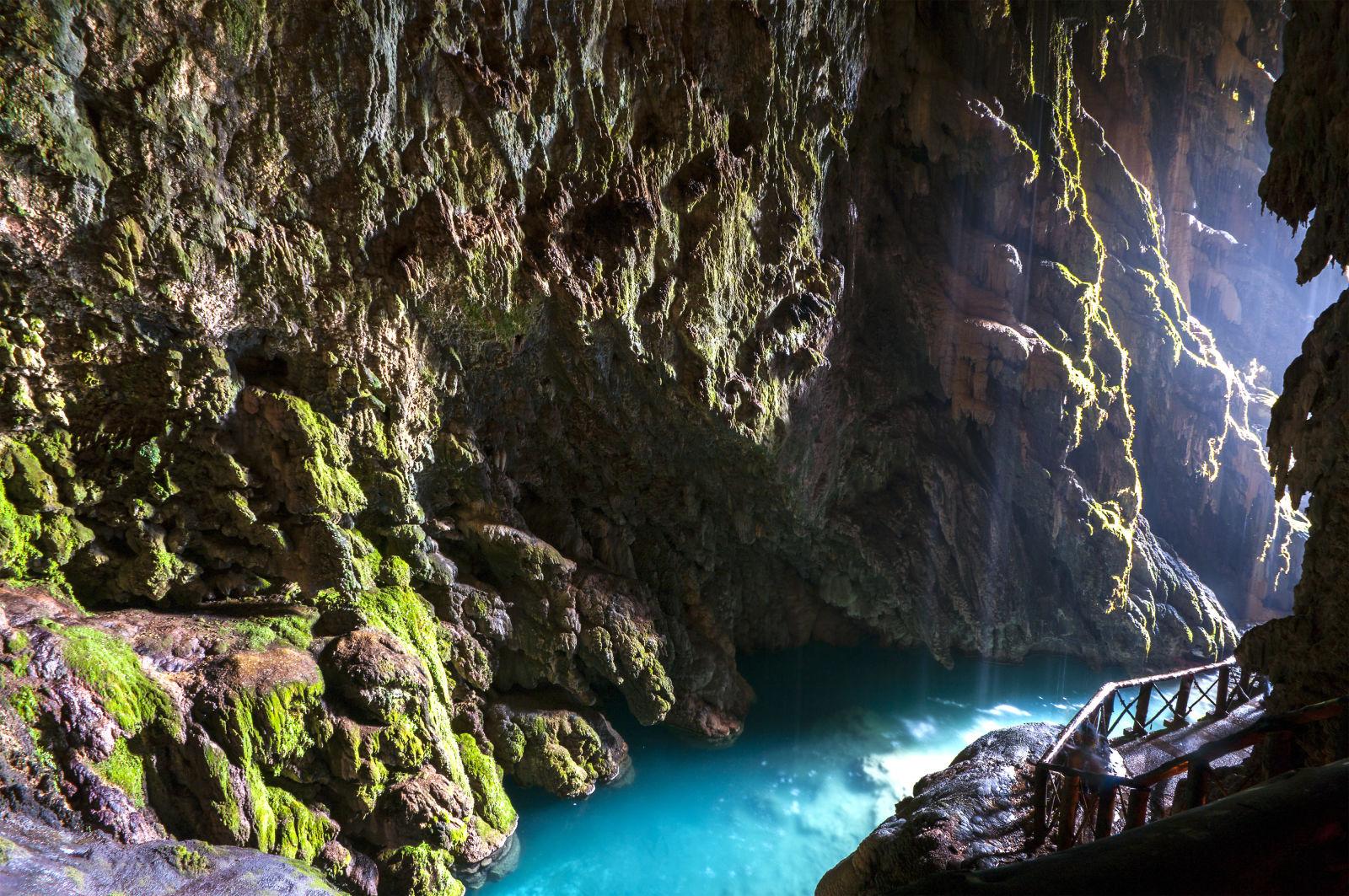 Aragon, Cave, Europe