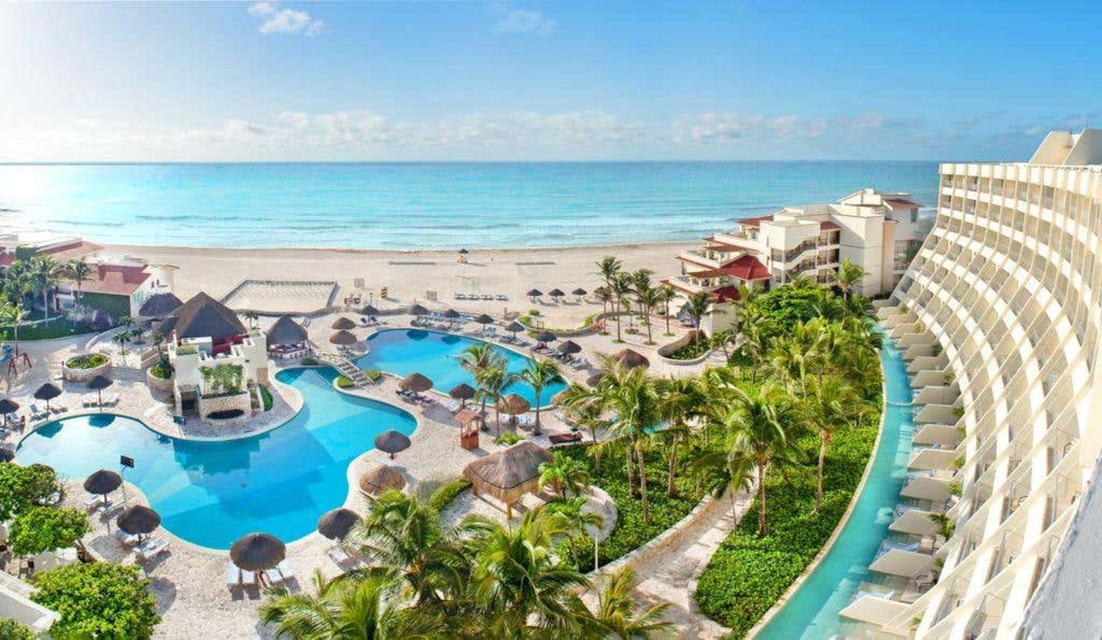 Grand Park Royal Cancun, Love Holidays