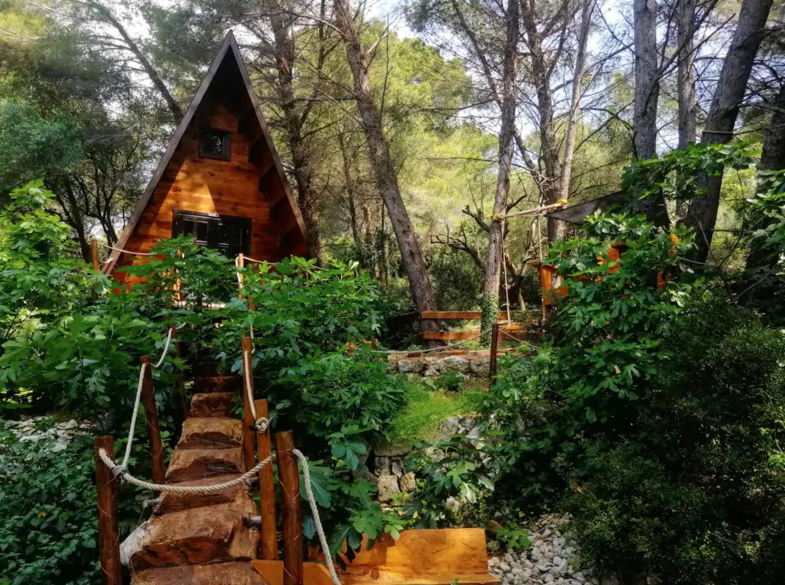 airbnb, airbnb france, Cabane azur mountain vue mer alpes maritimes