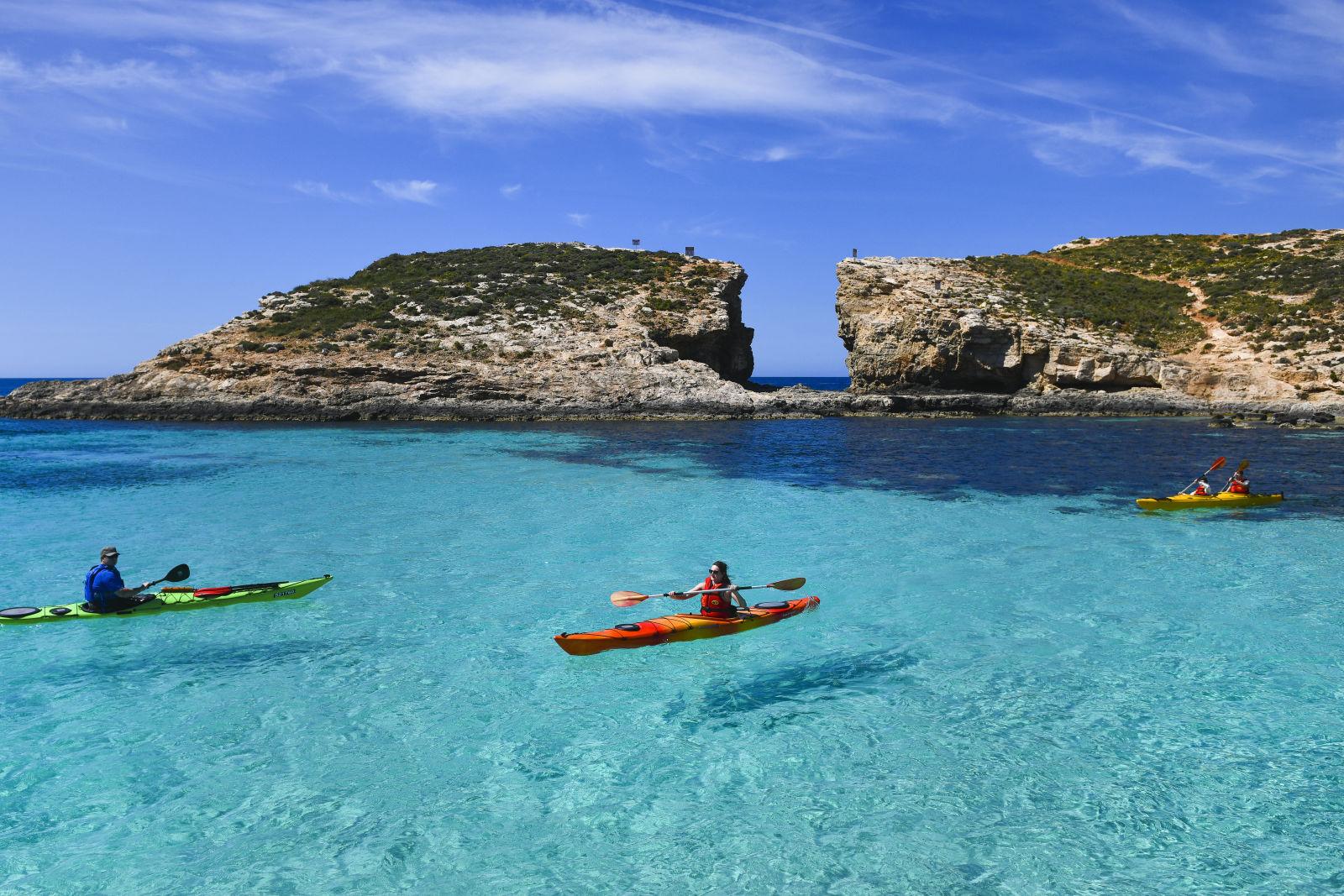 adventure-malta-kayaking