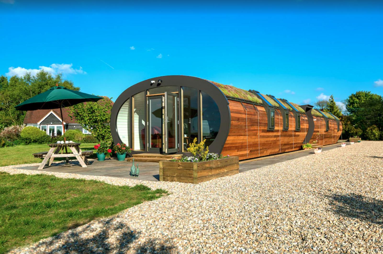bumble barn eco house, holidu