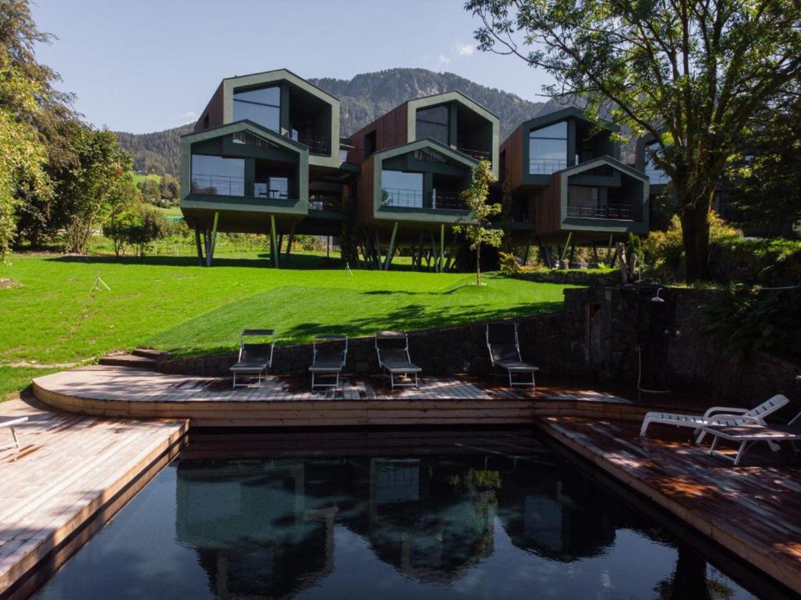 booking.com, Floris Green Suites by Parc Hotel Florian