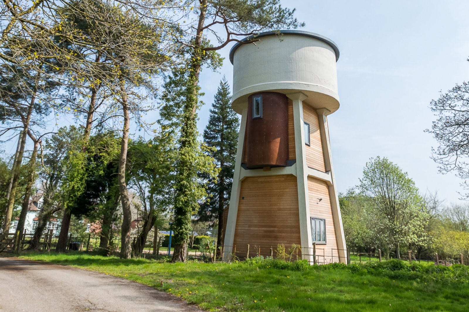 airbnb, The Water Tower at Long Meadow Farm, water tower