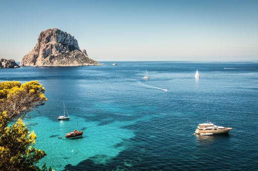 Estate ad Ibiza: pacchetti in MEZZA PENSIONE a prezzi super!