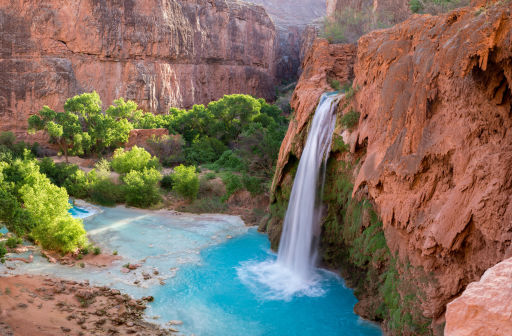 Visit National Parks for Free & Stay Nearby