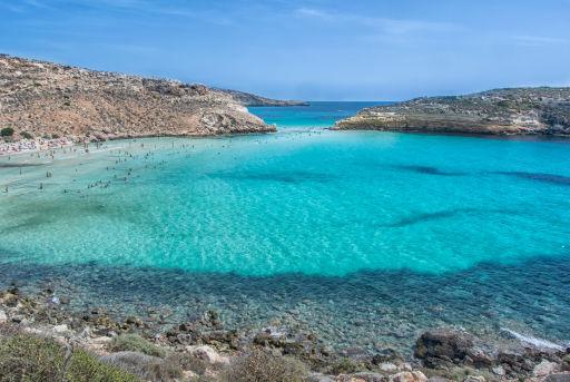Lampedusa, voli estivi a prezzi da favola!