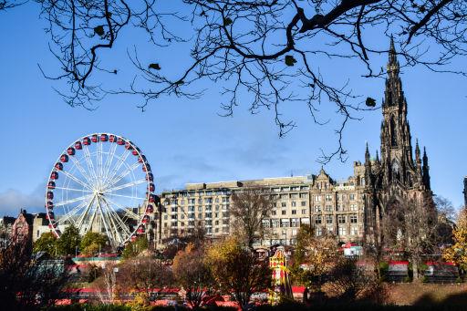 Luxury floating Edinburgh hotel stay with breakfast & FREE tour