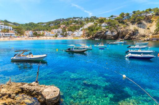 Vuelos directos a Ibiza de junio a septiembre