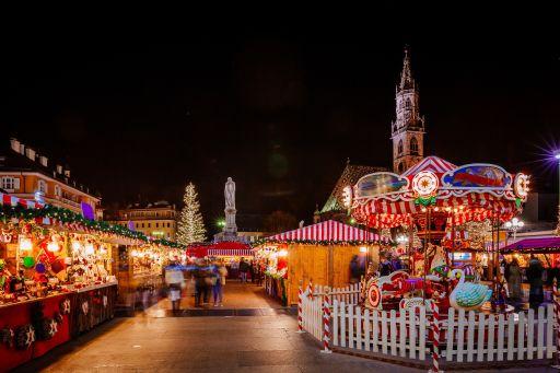 Scopri la magia dei mercatini di Natale di Bolzano 🎄