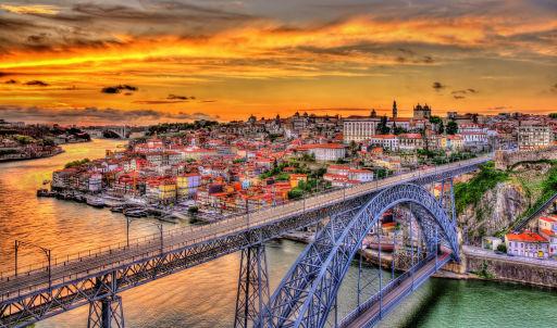 Hin- und Zurück nach Porto ab 9€