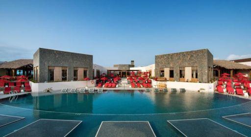 Fuerteventura bargain! 7nts holiday w/flights & 4* hotel