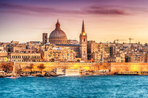7nts 5* summer holiday to Malta w/flights, seafront hotel & breakfast