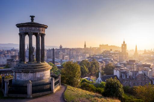 Vluchten naar Edinburgh