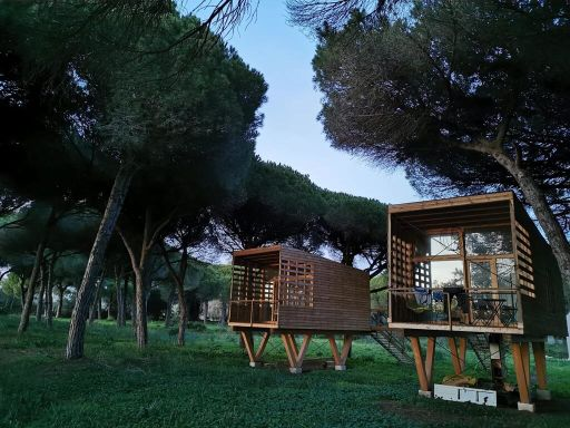 Cabañas modernas en plena naturaleza. 2 a 7 noches