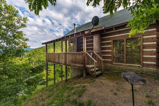 Secluded Stay in the Great Smoky Mountains