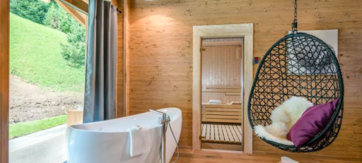 TRAUMCHALET mit eigener Sauna & Außenwanne!