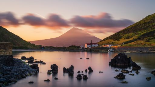 Grüne Vulkangewalten im Atlantik