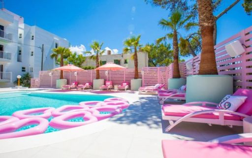Adult only droomhotel op Ibiza!