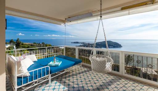 Super appartement vue mer sur la Côte d'Azur
