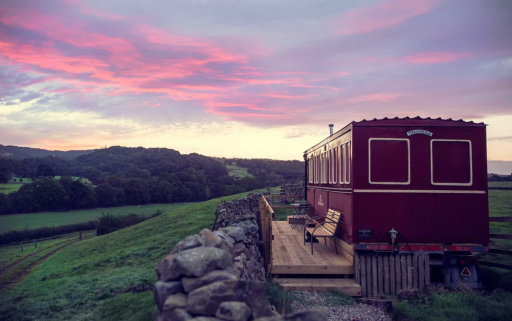 Yorkshire: unique stay in a luxury converted train carriage
