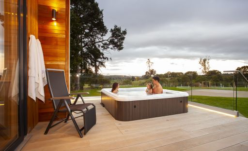 4nts in a lush lodge in Wales with private hot tub