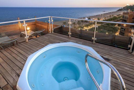 7 noches en Hotel 4* a pie de playa en la Costa del Maresme