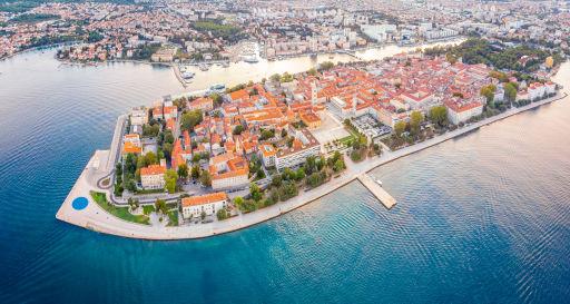 Spotgoedkope vluchten naar de Kroatische kust