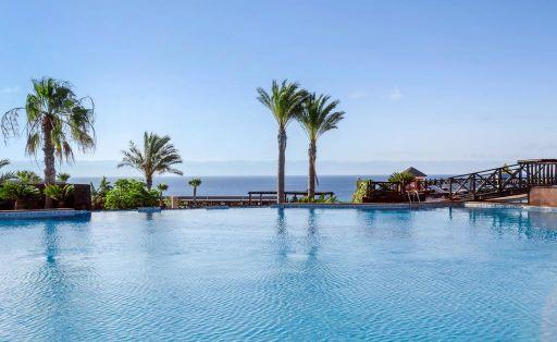 Viaje con MEDIA PENSIÓN a Fuerteventura en hotel 4* a pie de playa