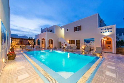 Santorini low cost: con noi si può!