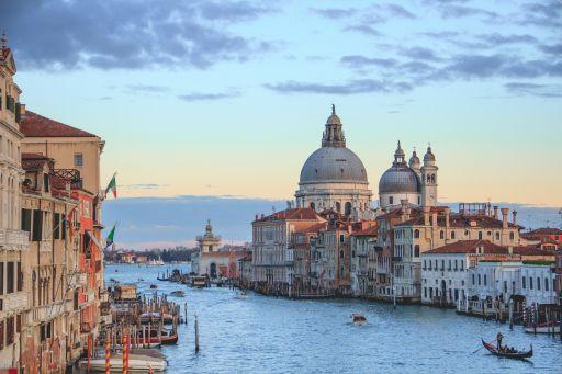Vuelos directos a Venecia