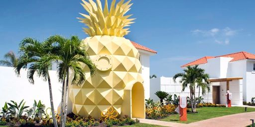 Who lives in a pineapple under the sea?