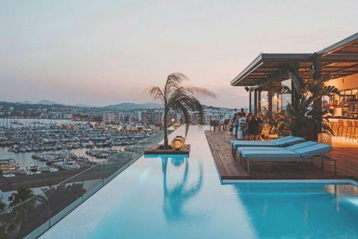 Luxe resort met spa op Ibiza