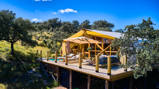 Competition! Win a 2-night stay in one of these incredible cabins in Spain 😍