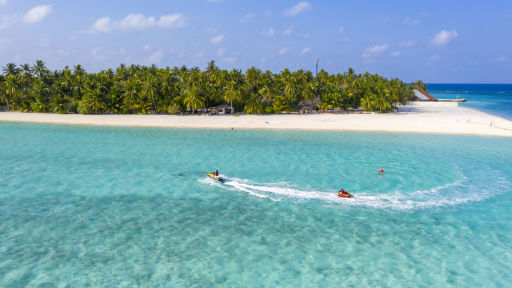 Save 60%! All-inc 5* Maldives adults-only week w/flights, transfers & upgrades
