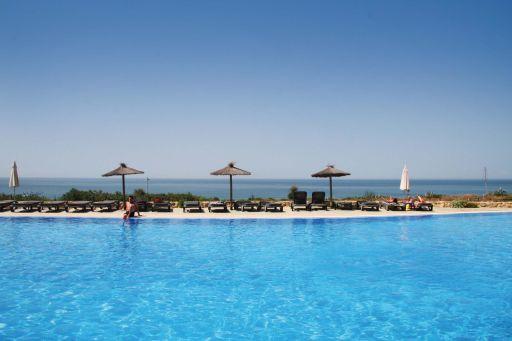 Hotel 4* a pie de playa en Conil de la Frontera. 4 noches