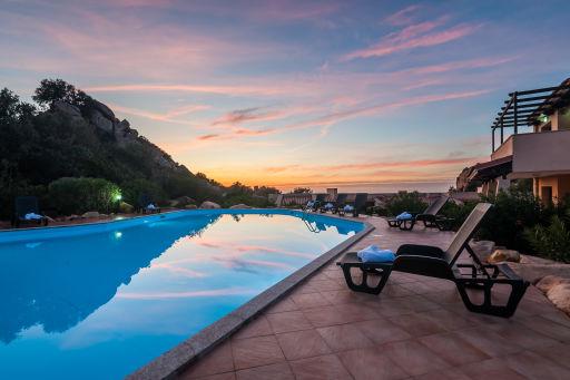 Incredibile Sardegna: 7 notti in hotel + nave!