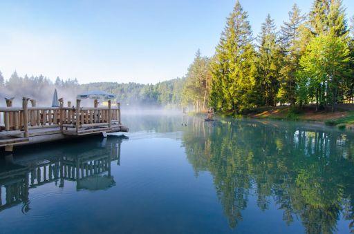 Soggiorno originale in Slovenia in questo bellissimo glamping sul lago!