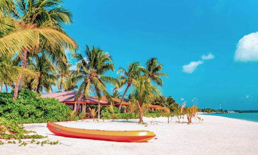 Luxe twin break: 3nts Dubai & 7nts all-inc Maldives w/upgrades, hotels, flights & more