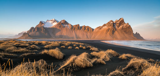 Return flights to Iceland from £59 😱