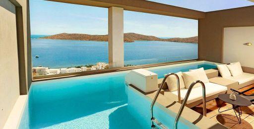 Vue panoramique sur la mer en Crète