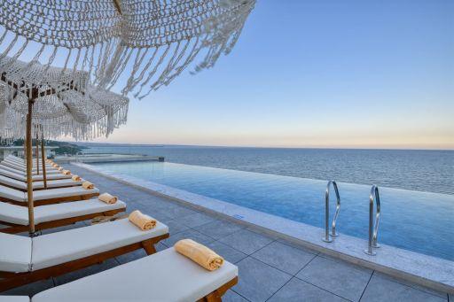 Eines der 10 besten Hotels am Goldstrand!