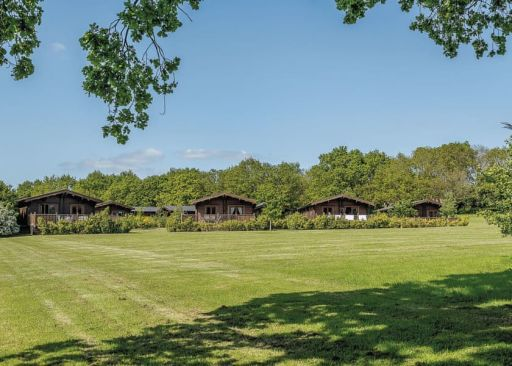 4nt Suffolk lodge stay with hot tub