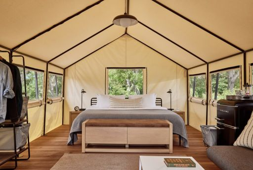 Cape Cod Glamping—Luxe Tent by the Beach!
